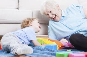 Прописываем ребенка к бабушке