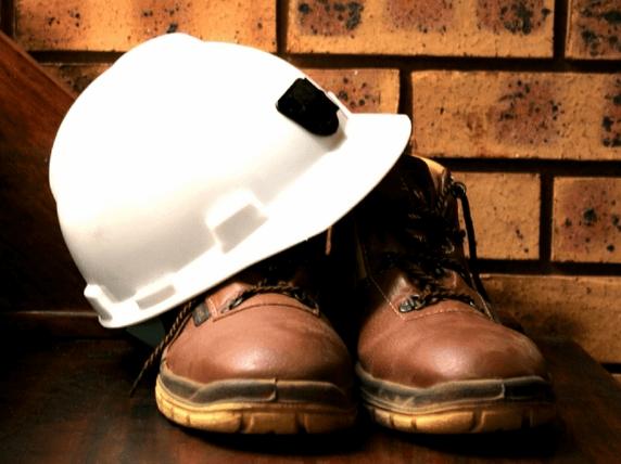 Особенности процедуры оплаты простоя по вине работодателя