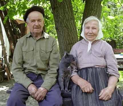 Особенности ухода за человеком старше 80 лет в России