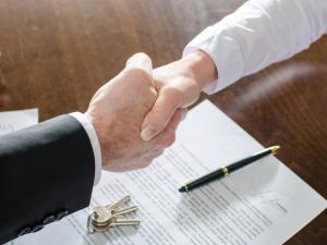 Договор между юридическими лицами
