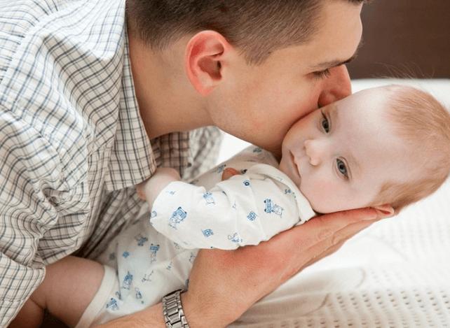 Может ли отец получить материнский капитал: важные моменты