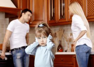 От развода взрослых страдают дети