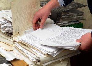 Осмотр документов в квартире