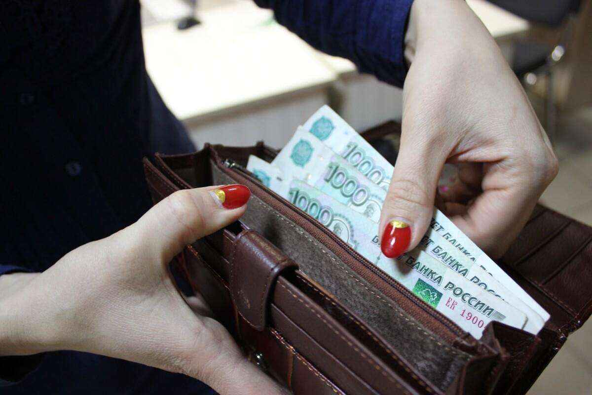 Как рассчитать заработную плату за месяц: примеры