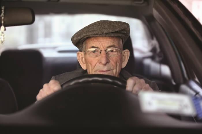 Как определить налог на машину для пенсионеров