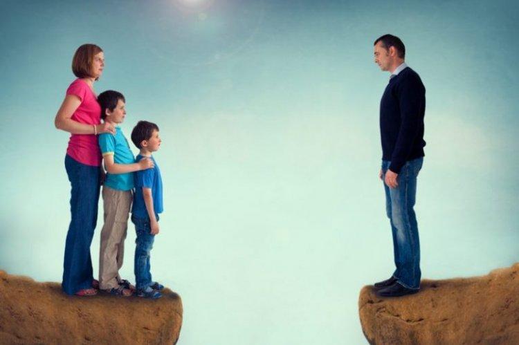Мать против усыновления