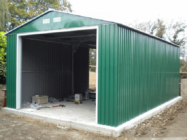 Построить гараж с профнастила