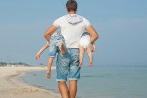 Дети остаются с отцом при разводе
