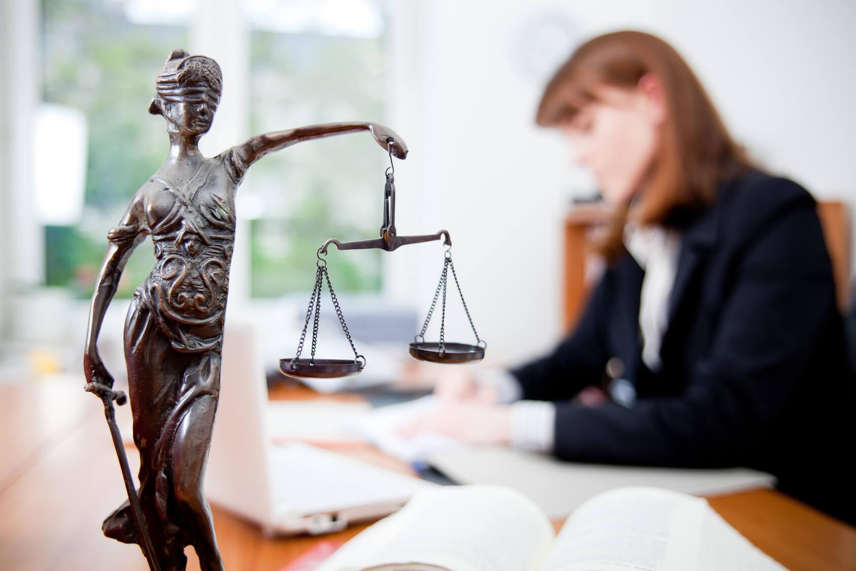 Что нужно знать, чтобы стать юристом: особенности профессионализма