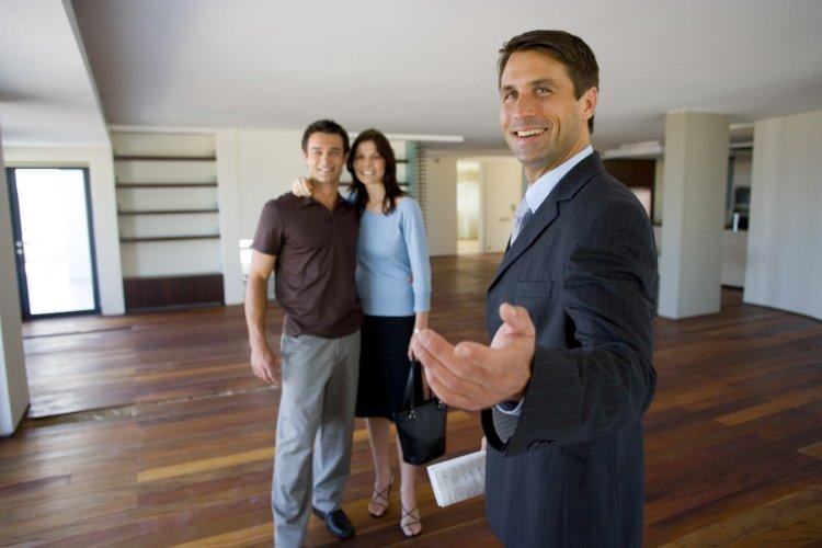 Клиенты агентства недвижимости