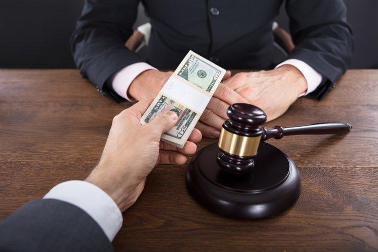 Коррупция в судебной системе
