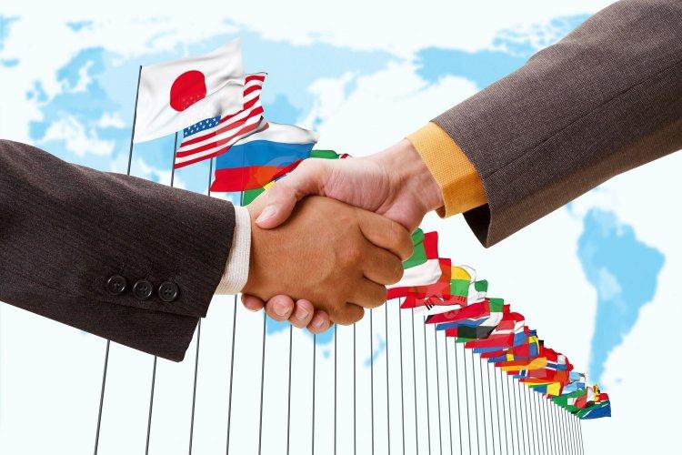 Иностранный контрагент