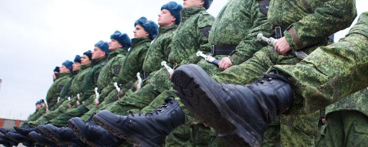Регламент рабочего времени военнослужащих по контракту: особенности учета