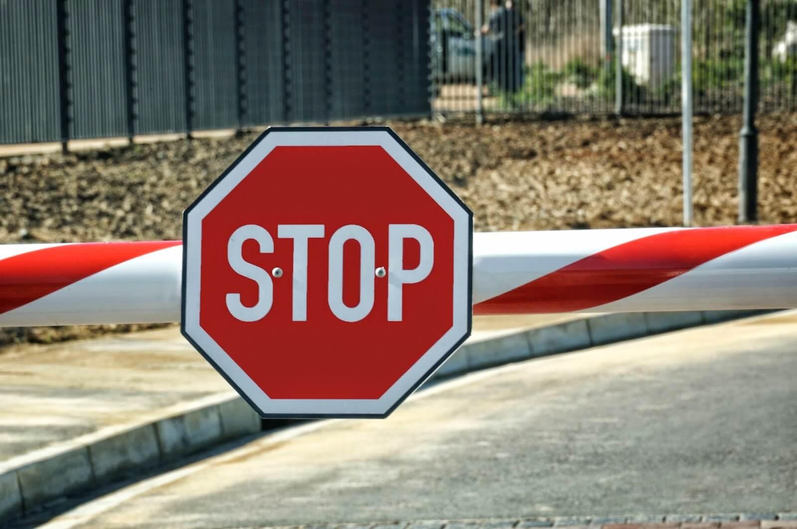 Как проверить запрет УФМС на въезд на территорию России