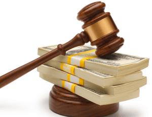 Кто оплачивает судебные расходы