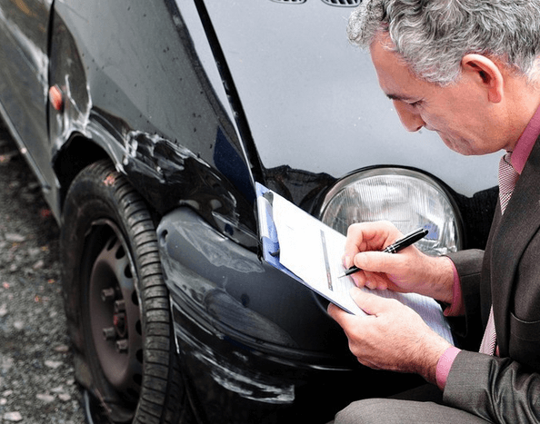 Выплачивается ли страховка виновнику ДТП: страховые случаи,  когда и как