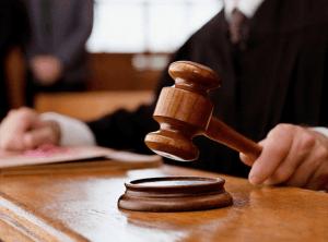 Выписка ребенка через суд
