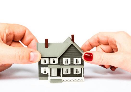 Сколько стоит переоформить квартиру и как это сделать