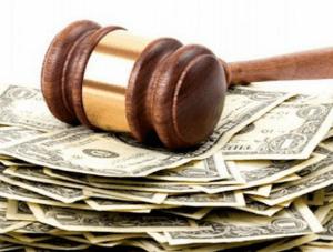 Вернуть деньги поможет суд