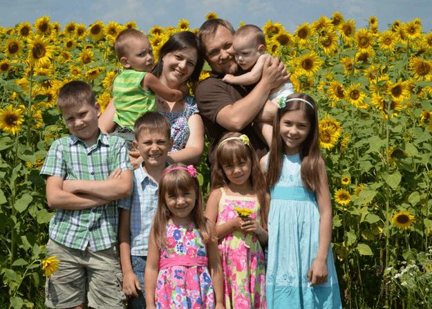 Кто считается многодетной семьей: самая необходимая информация