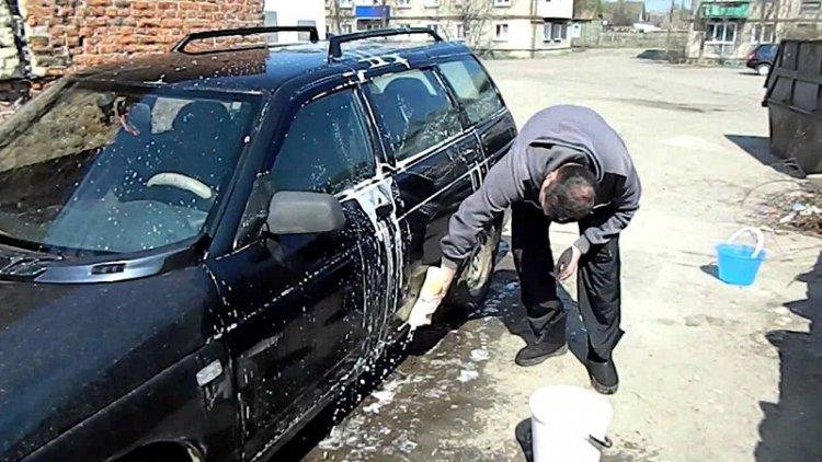 Штраф за мойку машины во дворе