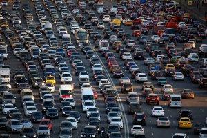 Автомобильная пробка в час пик
