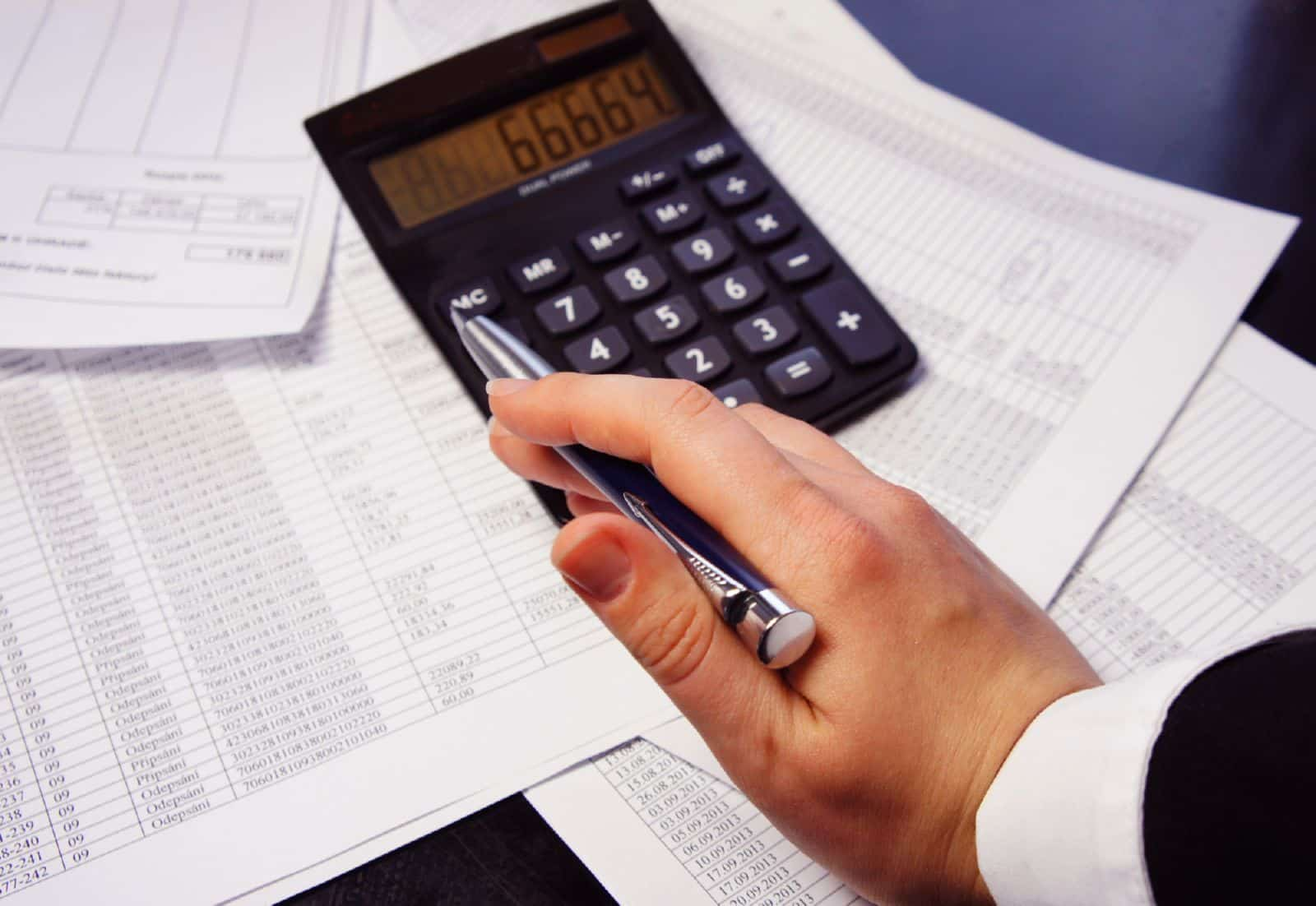 Компенсация за задержку зарплаты, как рассчитать правильно