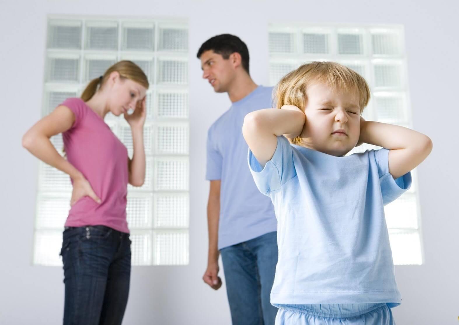 Акт обследования жилищно-бытовых условий несовершеннолетнего: образец и правила составления