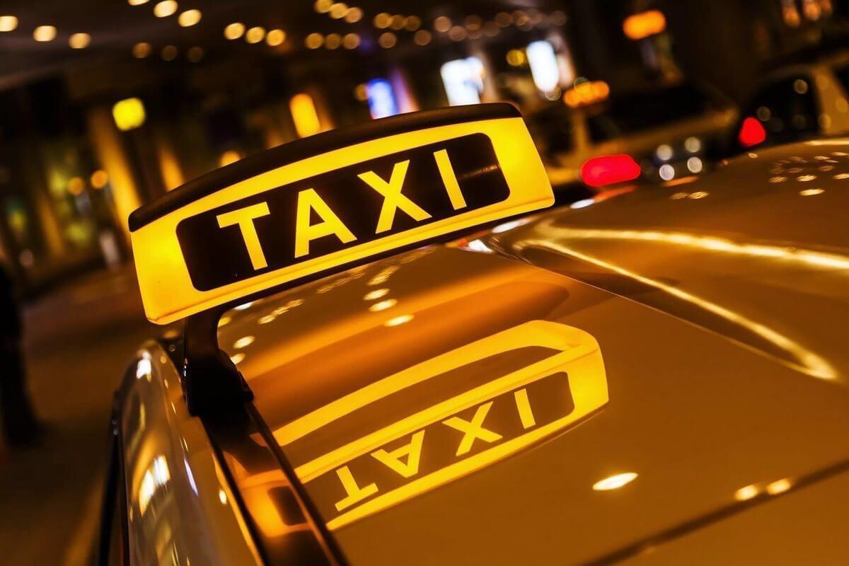 Разрешение на работу в такси: правила оформления
