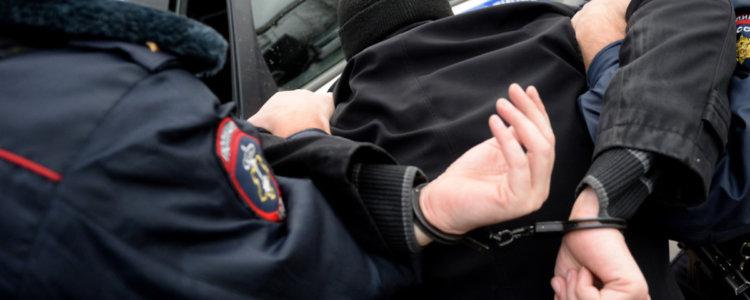 Нападение на сотрудника полиции статья, уголовное наказание