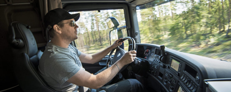 Как составить трудовой договор с водителем грузового автомобиля образец?